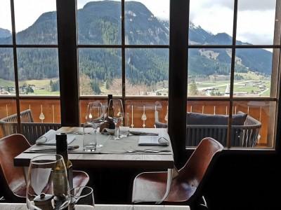 Hotel Huus Gstaad - Schweiz